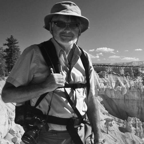 mike-harrison-exploring-the-climate-of-Bryce-Canyon.-IMG_6322